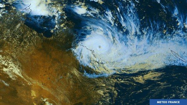 Évacuations au Queensland à l'approche de Debbie