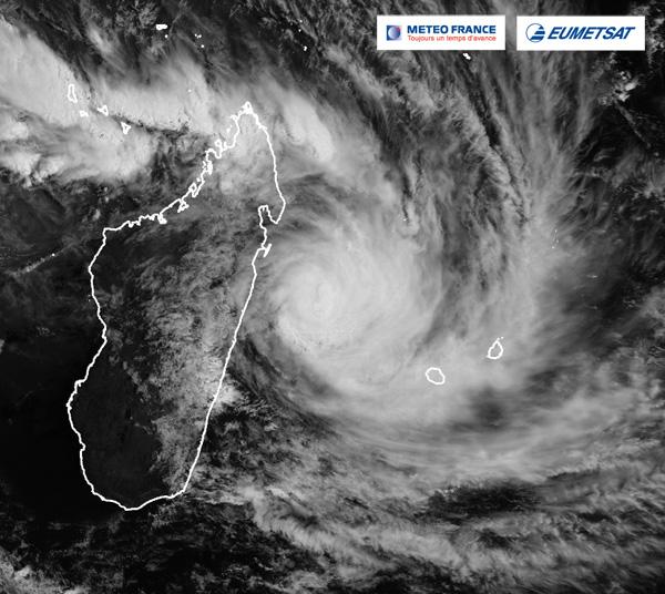 La Réunion en pré-alerte cyclonique