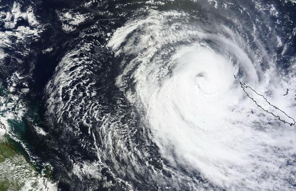 Sandra s'affaiblit au large des côtes de Nouvelle-Calédonie
