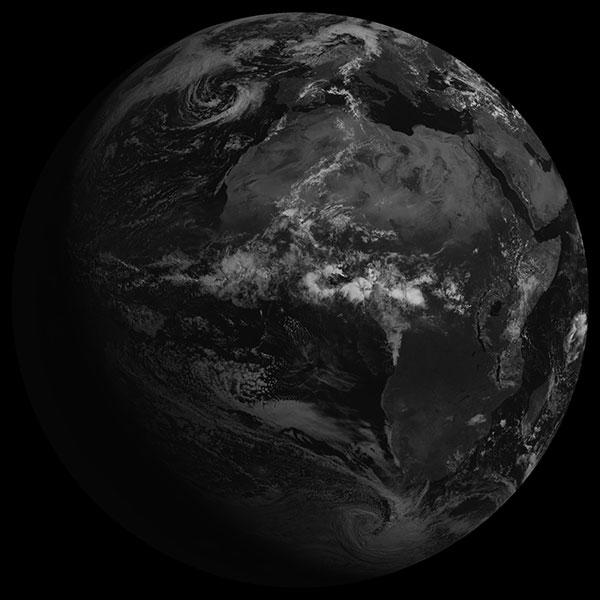 Meteosat-7 a plus de 17 ans : nouveau record pour un satellite d'Eumetsat !