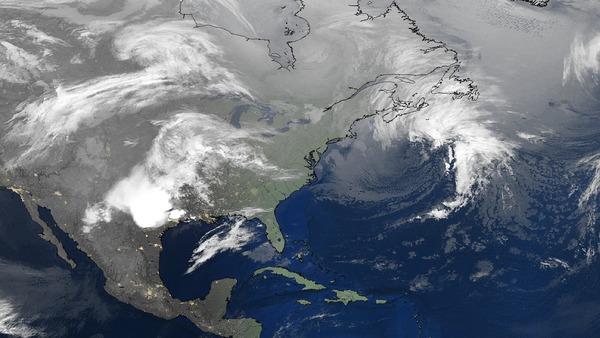 Deux perturbations sur l'Amérique du Nord