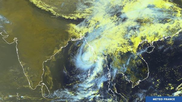 Tempête tropicale dans le golfe du Bengale