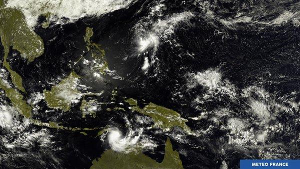 Muifa et Frances secouent le Pacifique ouest