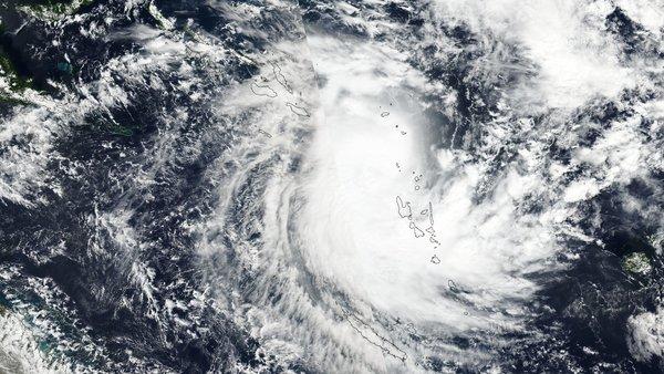 La Nouvelle-Calédonie en marge sud de Donna