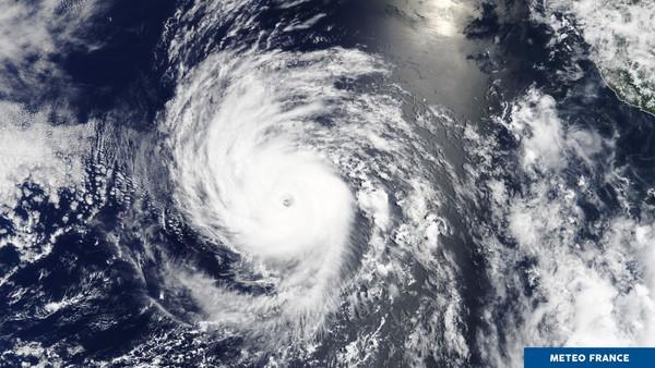 Premier ouragan majeur de la saison dans l'est du Pacifique