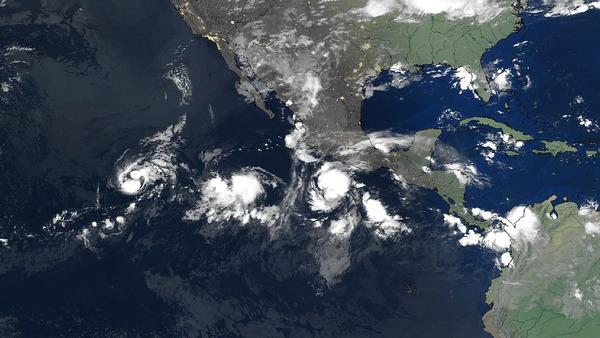 Trois tempêtes tropicales à la queue leu leu