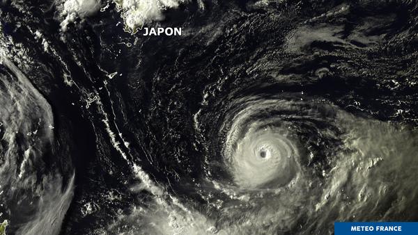 Le super typhon Noru secoue l'ouest du Pacifique