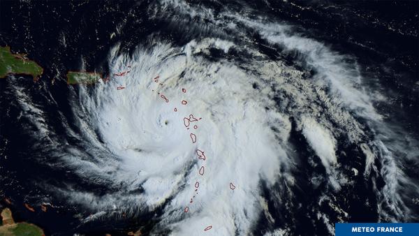 Maria continue sa route en mer des Antilles.