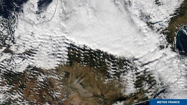 Textures nuageuses sur les Pyrénées