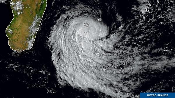 La tempête Berguitta arrive sur la Réunion