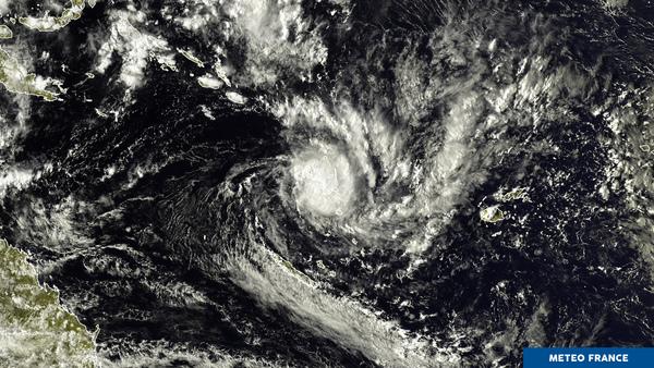 Menace cyclonique sur la Nouvelle-Calédonie