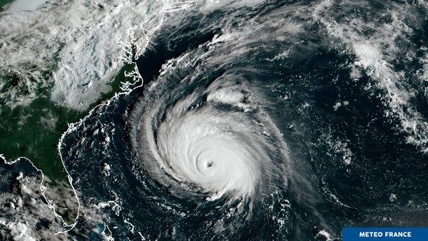 Alerte maximale sur la côte atlantique des États-Unis