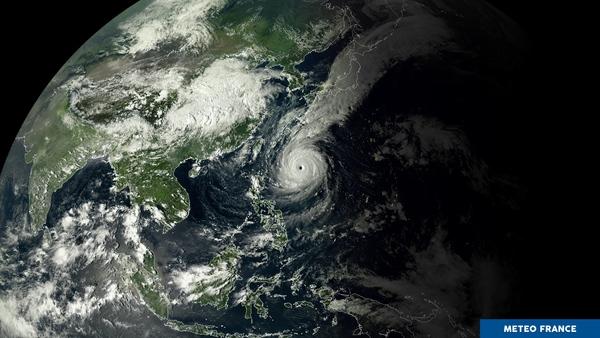 180925161201-20180925-0820-nuit-d-automne-typhon-trami-himawari8-16x9.jpg