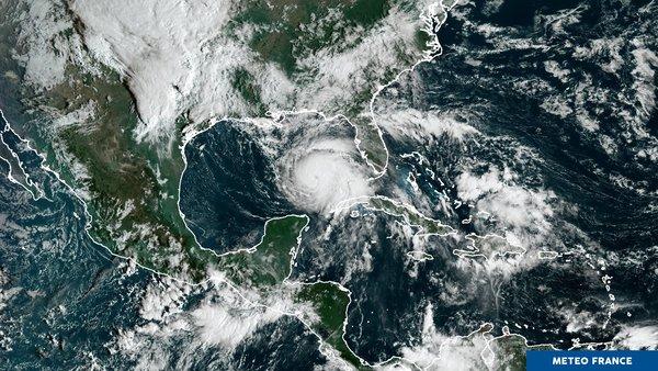 La Floride craint l'ouragan Michael