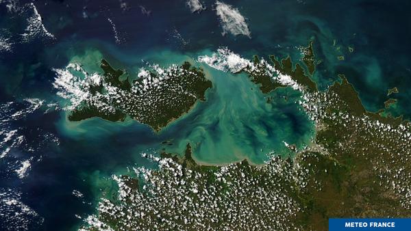 Cumulus et couleur turquoise au nord de l'Australie