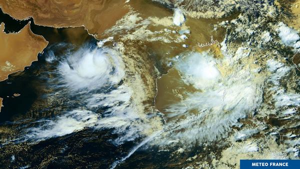 Agitation tropicale sur l'océan Indien