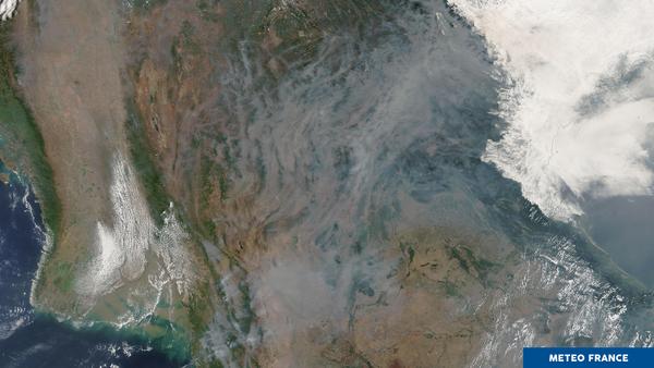 Le Laos et la Thaïlande sous la fumée